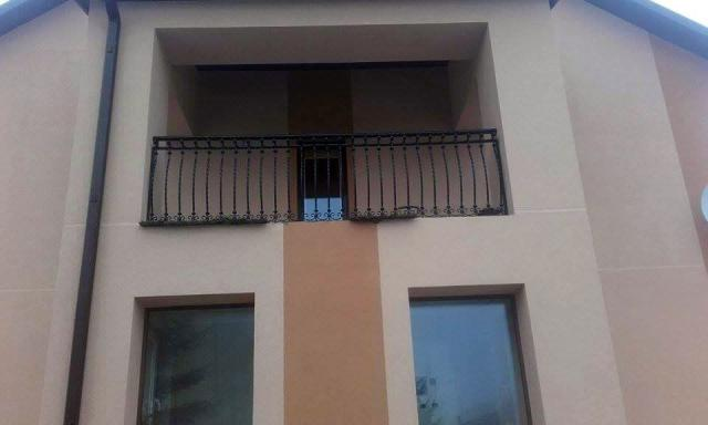 tvoru-montavimas balkono varteliai 1