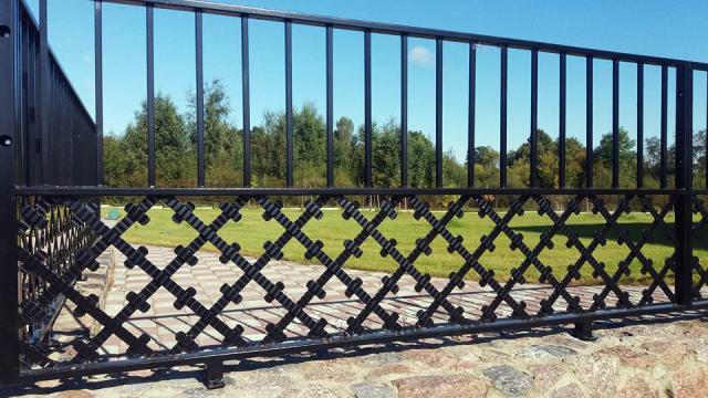 tvoru-montavimas metaliniai vartai 2