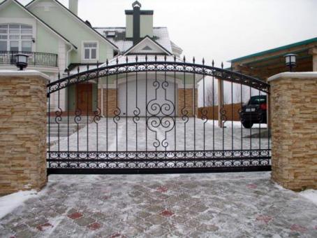 tvoru-montavimas vartai 2