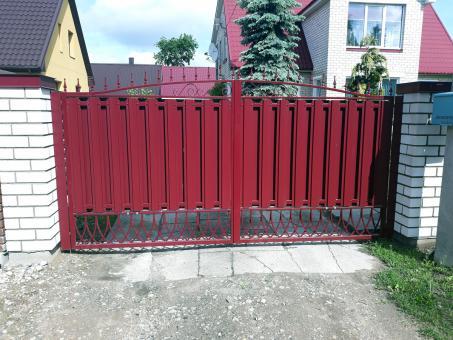 tvoru-montavimas vartai 93