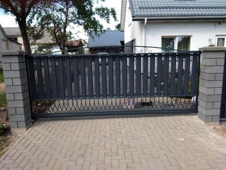 tvoru-montavimas vartai 94